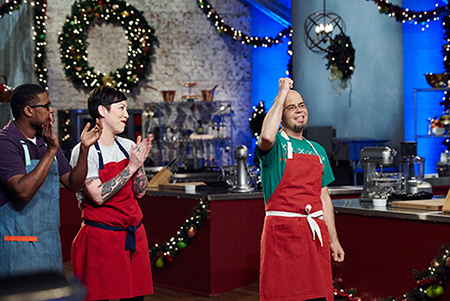 SNA Member Kentucky Jason Smith Wins Food Network's Holiday Baking Championship