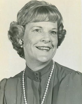 SNA Past President Nancye Perry